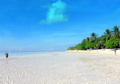 Dumaluan Beach in Bohol