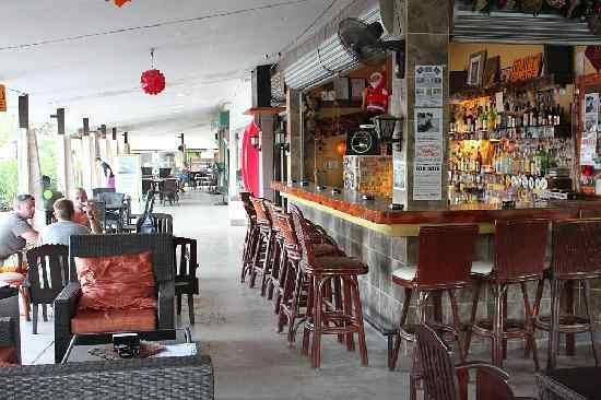 1A-Helmut's-Place-Alona-Bohol